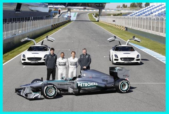 Mercedes-AMG-Petronas-F1-W04-_44B7375-635x423