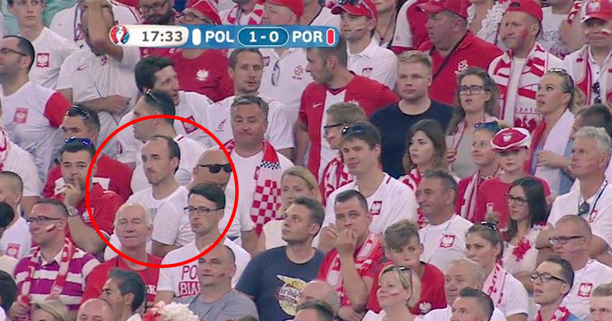Kubica na meczu Polska - Portugalia w roli kibica