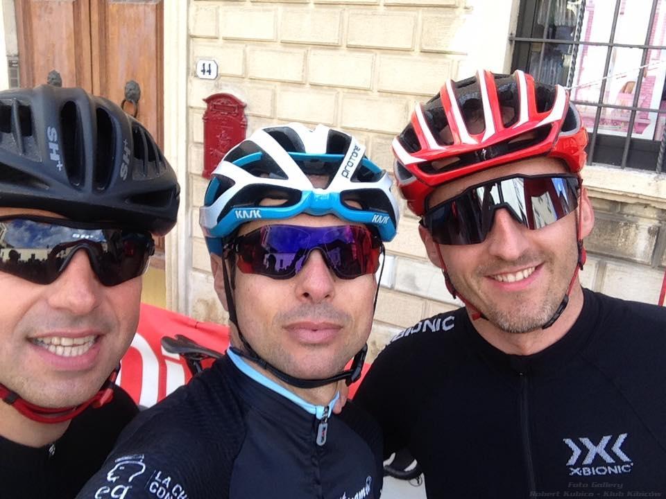 Robert Kubica w wyścigu kolarskim Gran Fondo della Vernaccia w Colle Val d'Elsa